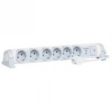 694656 Multi-outlet extension for comfort/safety - 6x2P+E + voltage surge protector - 1.5 m cord Legrand 69465